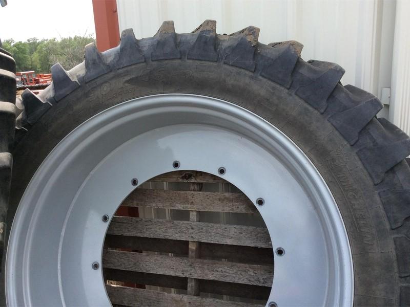 Michelin 380/90R46 Wheels / Tires / Track