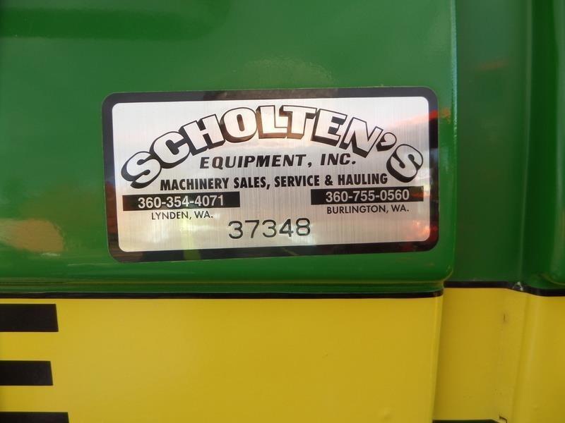 1985 John Deere 2750 Tractor