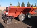 2014 Pequea V12LP Pull-Type Fertilizer Spreader