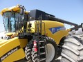 New Holland CR9065 Combine
