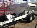Willmar S600 Pull-Type Fertilizer Spreader