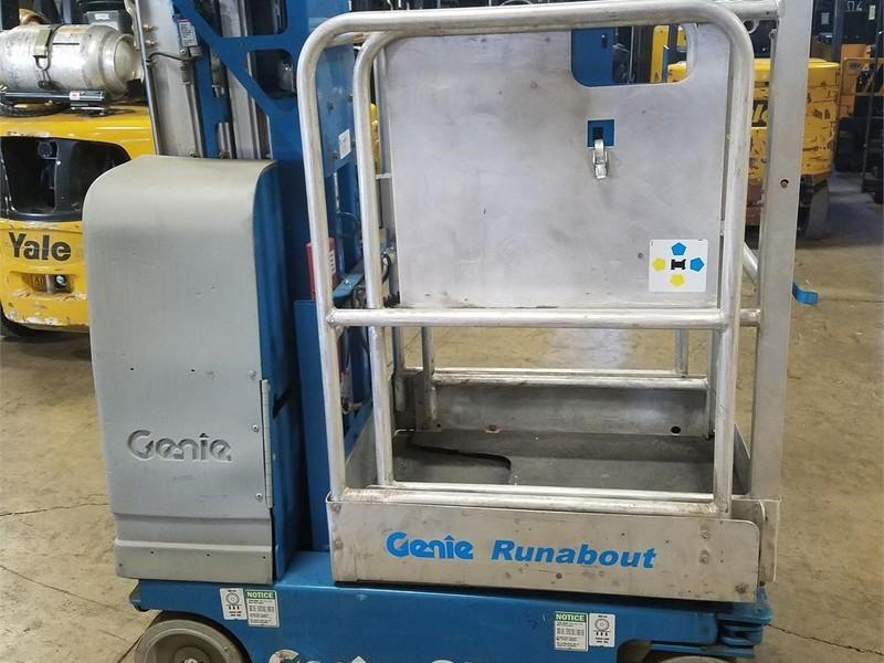 2005 Genie GR-12 Scissor Lift