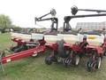 2001 White 6222 Planter