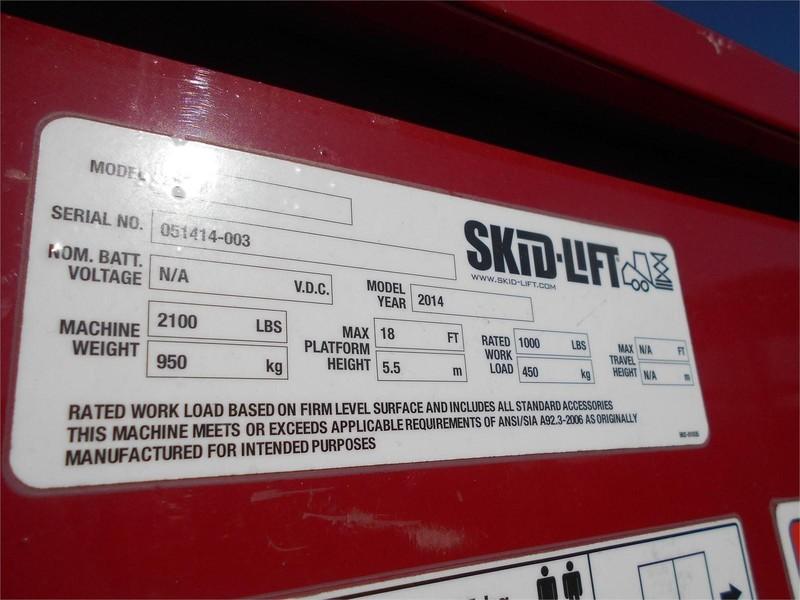 2014 Skid-Lift 2030E Scissor Lift