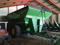 2009 Demco 850 Grain Cart