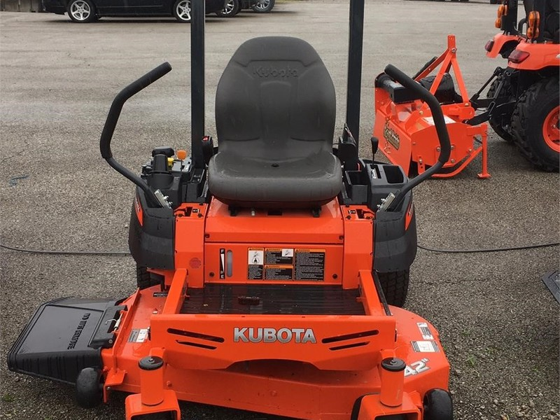 Kubota z122R Miscellaneous