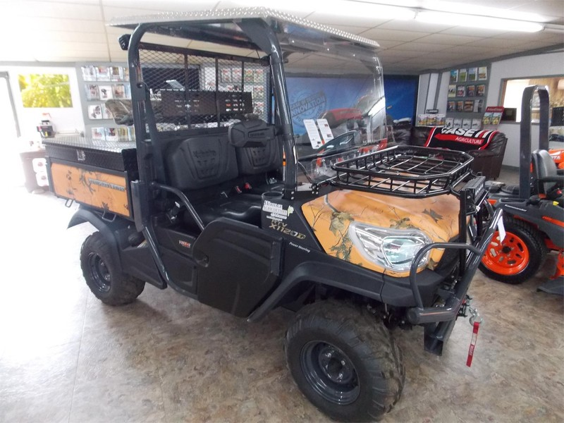 2015 Kubota RTVX1120DW ATVs and Utility Vehicle