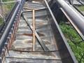 2001 Gleaner 330 Platform