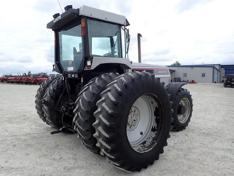 1992 White 145 Tractor