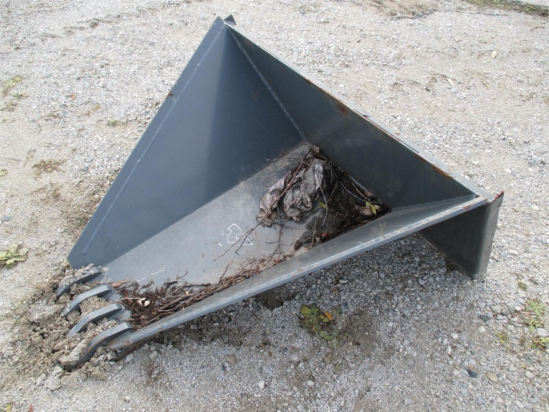Fabtec Stump Bucket Loader and Skid Steer Attachment