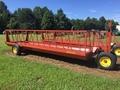 2015 Pequea 520E Feed Wagon