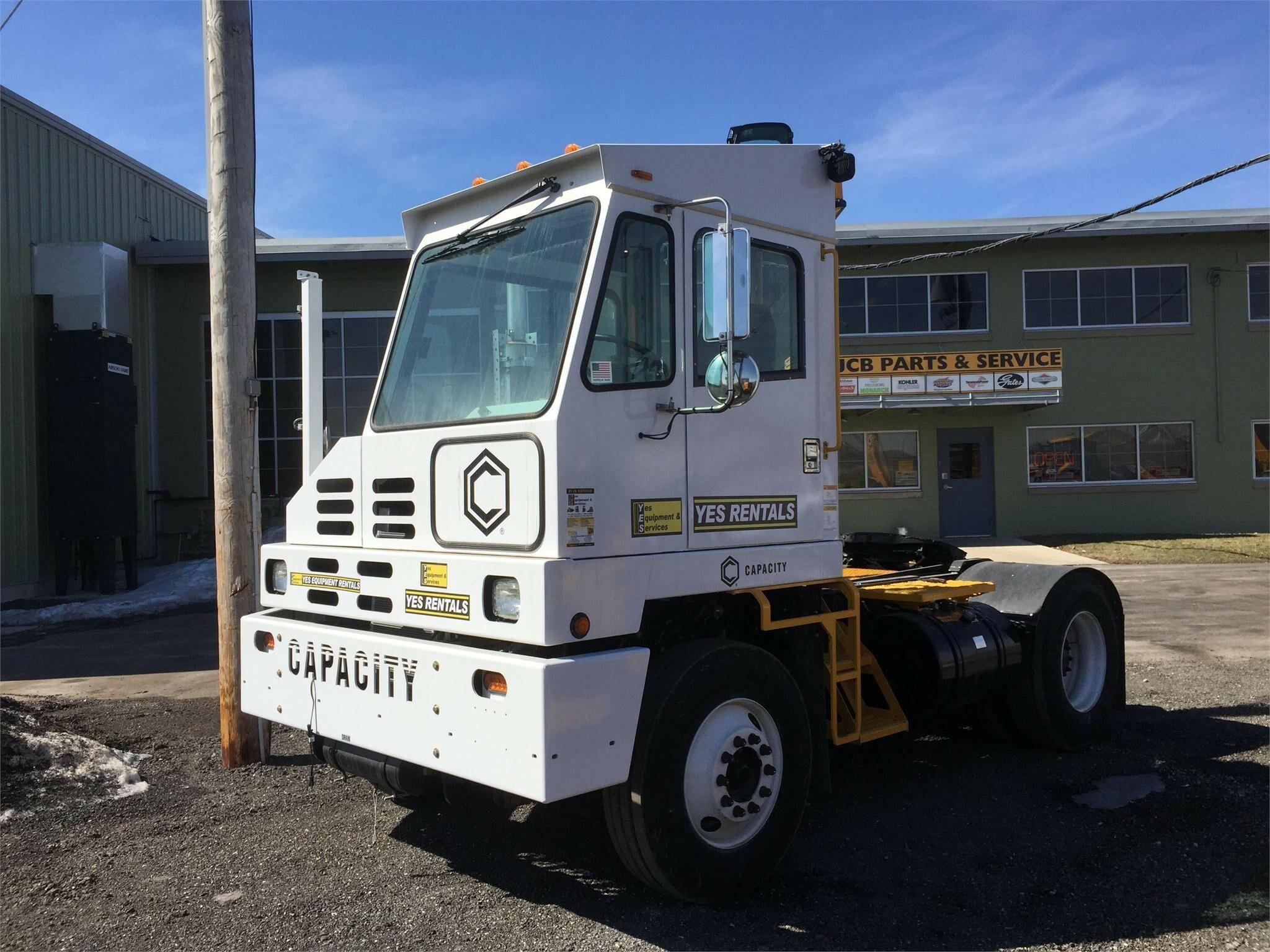 2014 Capacity TJ5000 Semi Truck