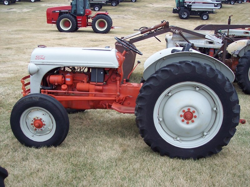 1950 Ford Tractor Tractor Vermilion : Ford n tractor marshalltown ia machinery pete