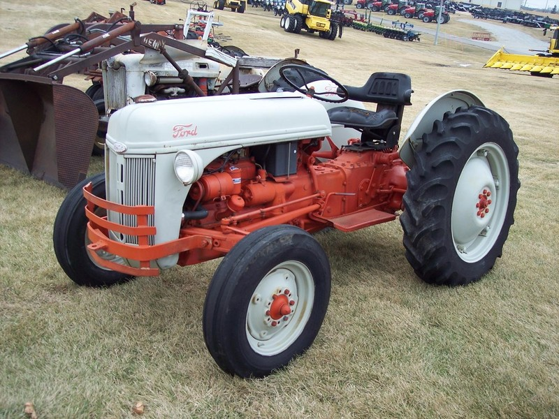 Ford 8n Tractor Dimensions : Ford n tractor marshalltown ia machinery pete