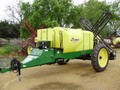 2006 Demco Conquest Pull-Type Sprayer