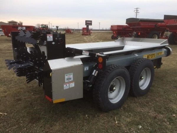 2017 Meyers M300 Manure Spreader
