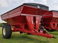 2014 Brent 882 Grain Cart
