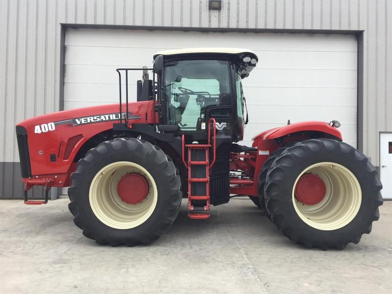 2013 Versatile 400 Tractor