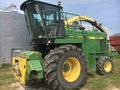 1993 John Deere 6710 Self-Propelled Forage Harvester