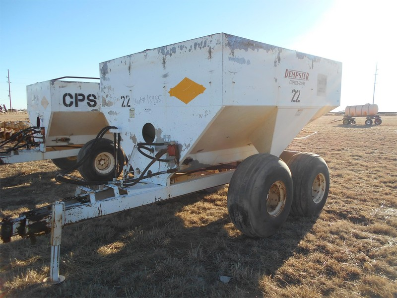 Dempster Clipper 250 Pull-Type Fertilizer Spreader