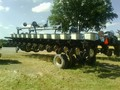 1999 Kinze 2700 Planter