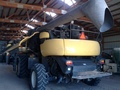 2008 New Holland CR9060 Combine