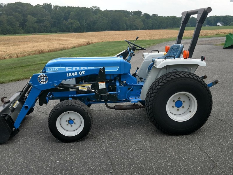 1986 Ford 1310 Tractor