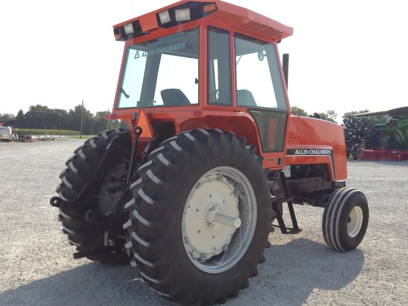 1982 Allis Chalmers 8030 Tractor