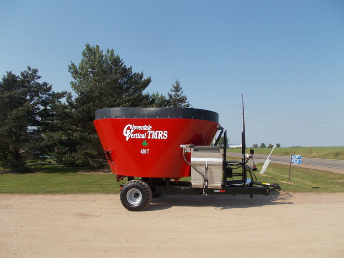 2019 Cloverdale 420T Grinders and Mixer