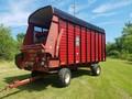 Meyer 4518 Forage Wagon