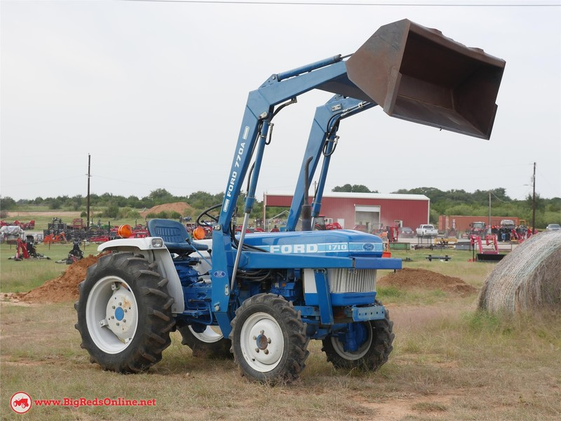 1986 Ford 1710 Tractor