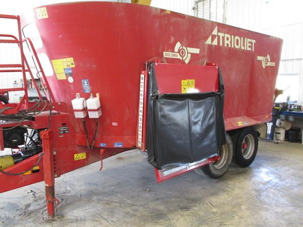 Trioliet Solomix 2-2000L ZK Grinders and Mixer