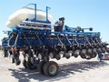 2009 Kinze 3700 ASD Planter