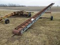 1982 New Idea 176 Augers and Conveyor