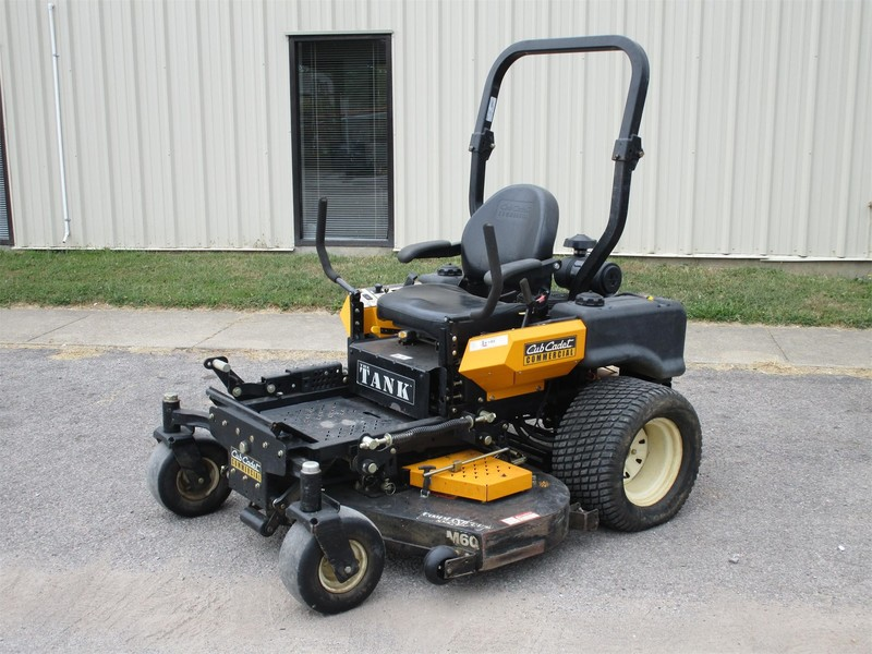 Used Cub Cadet Tank M60 Lawn and Garden for Sale | Machinery