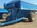 1987 Kinze 800 Grain Cart