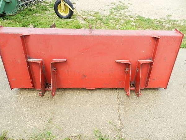 Case IH 510 Front End Loader