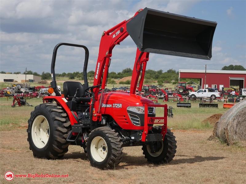 2017 Branson 3725R Tractor