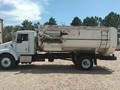 2001 Roto Mix 620-16 Grinders and Mixer