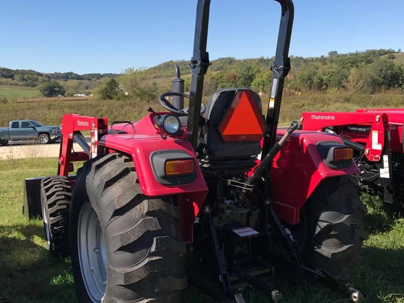 2017 Mahindra 5545 Tractor