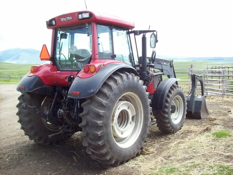 2006 Valtra C120 Tractor