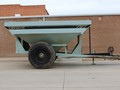 Orthman 797 Grain Cart