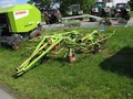 Claas Volto 75T Tedder