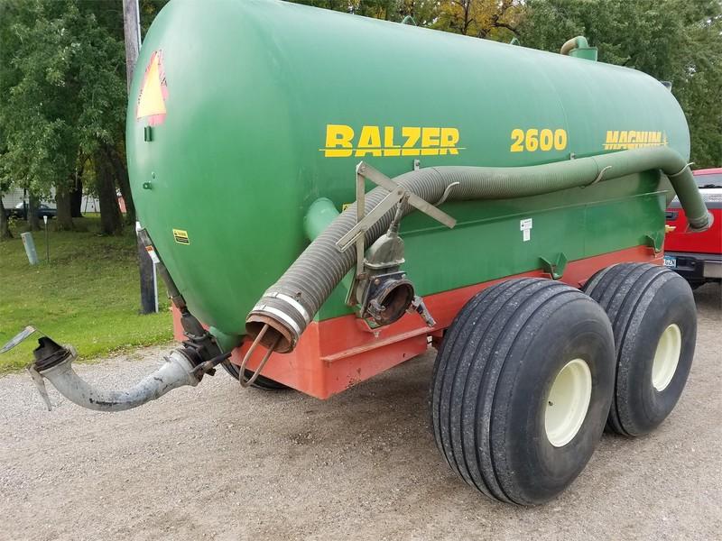 Balzer 2600 Magnum Manure Spreader