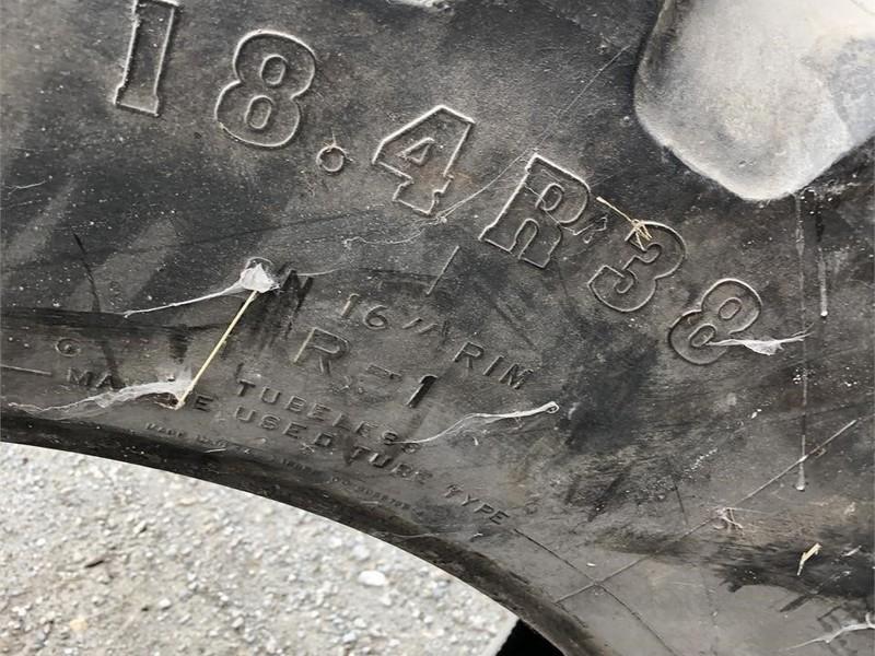 2004 Firestone 18.4R38 Wheels / Tires / Track