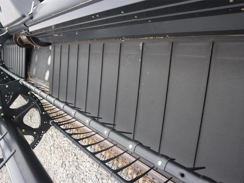 2010 MacDon FD70 Platform