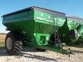 2017 Brent 678 Grain Cart