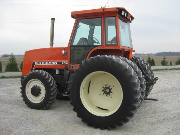 1982 Allis Chalmers 8050 Tractor