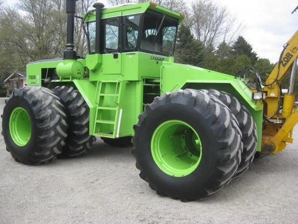 Steiger Tiger III ST450 Tractor