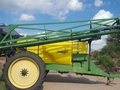 2005 Demco Conquest 1100 Pull-Type Sprayer